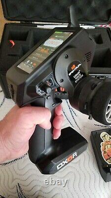 DX6R 6CH Smart Radio w WIFI/BT 2.4GHz DSMR Radio with Case, 2 Receivers + EXTRAS