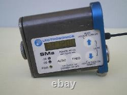 Lectrosonics SM Transmitter UCR 201 Receiver LavMic Furry Battery, Charger Bl 26