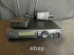 Shure Microphone System ULXP4-J1 Mic Receiver, ULX1-J1 Transmitter 554-590MHz-J1