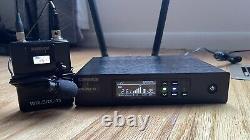 Shure QLXD4-G50 Digital Wireless Receiver Lavalier Lapel Microphone Transmitter