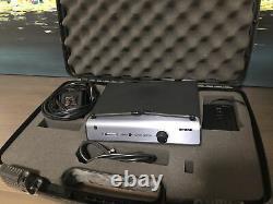 Shure Wireless System, Ut4a-fr Receiver & Ut1-fr Guitar Transmitter, Cord & Case