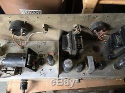 Vintage ham radio transmitter/receiver/power supply